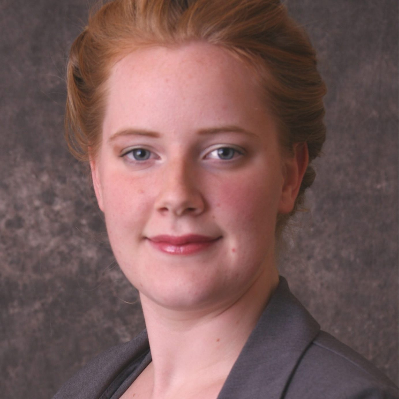 headshot of Karissa Donnay