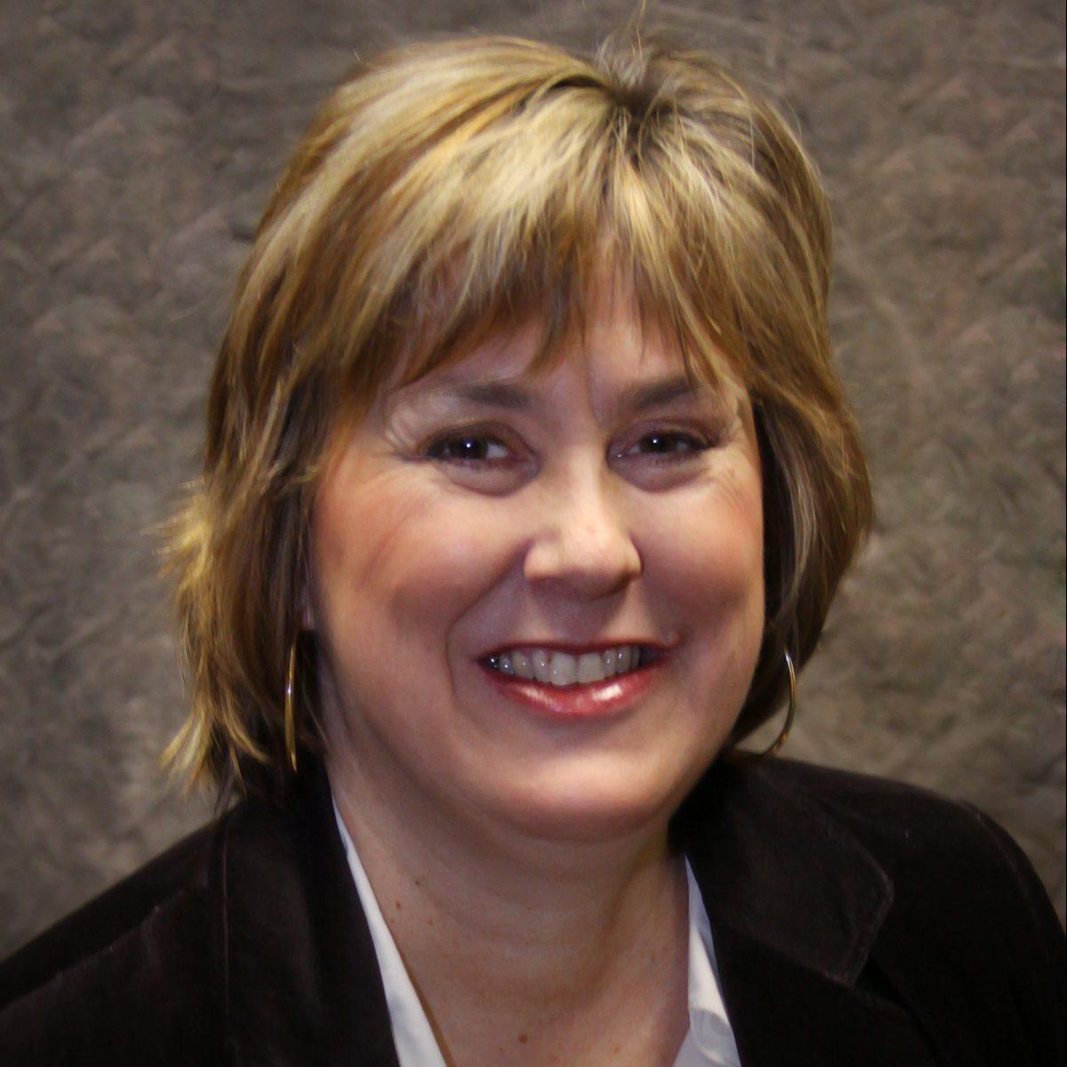 headshot of Linda Johnson